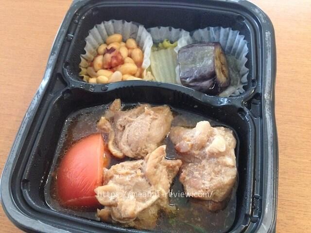 鶏とトマトと青葱のオイスターソース煮弁当を食べてみた【ナッシュの口コミ・実食レポ!】
