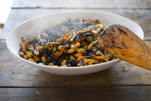 鉄分が多い食材はどれ?【鉄不足を予防するコツとレシピを紹介!】