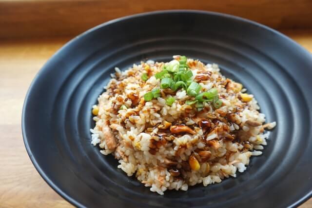 もち麦ダイエットの効果とおすすめレシピ【食べて痩せやすい体質にシフト!】